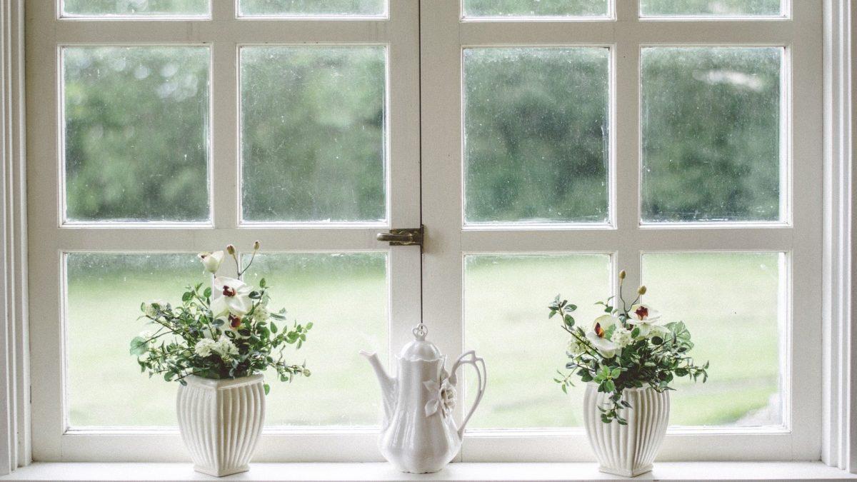 Okna dwuszybowe, czy trzyszybowe? Na które warto się zdecydować?
