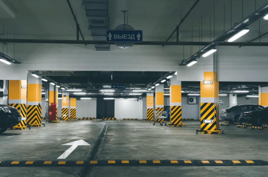 Platforma parkingowa – wady i zalety