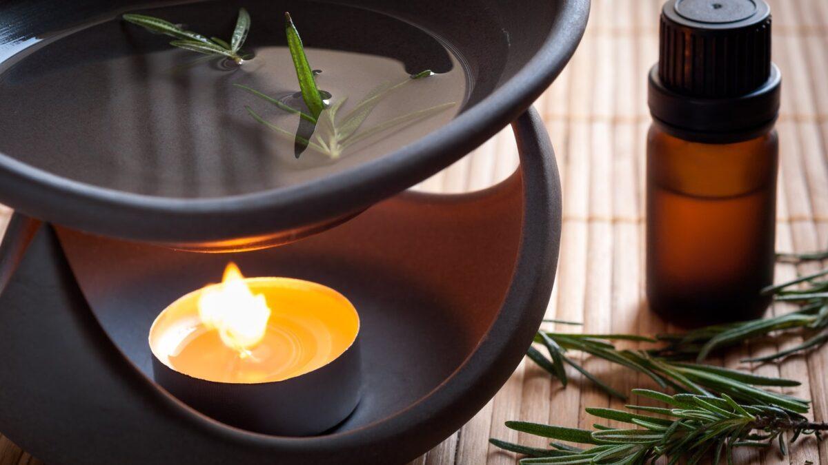 Kominek zapachowy – stylowa i funkcjonalna ozdoba wnętrza