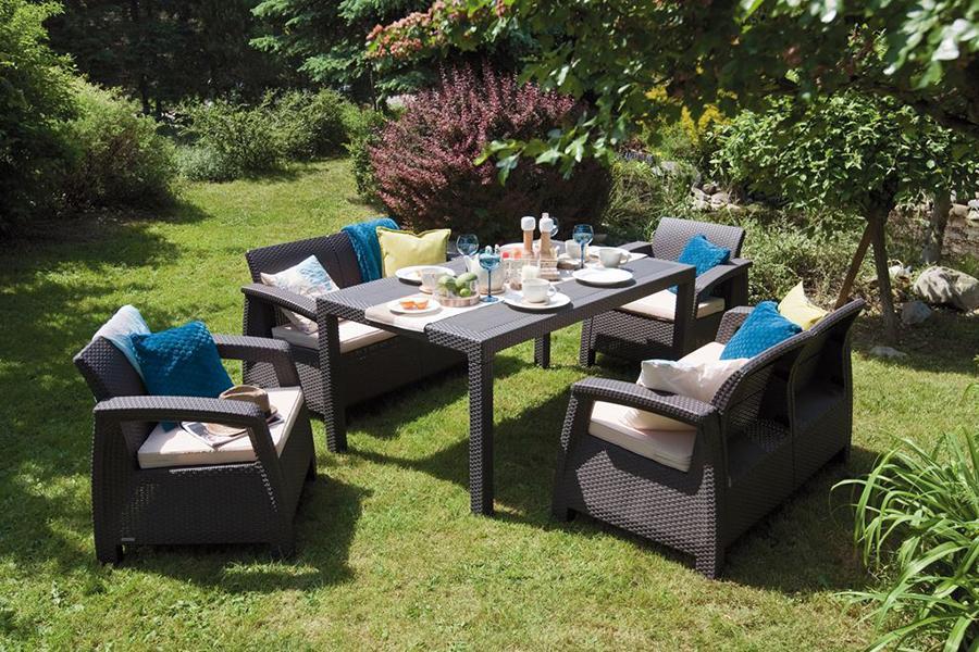 Minimalistyczne meble do ogrodu – kiedy się sprawdzają?